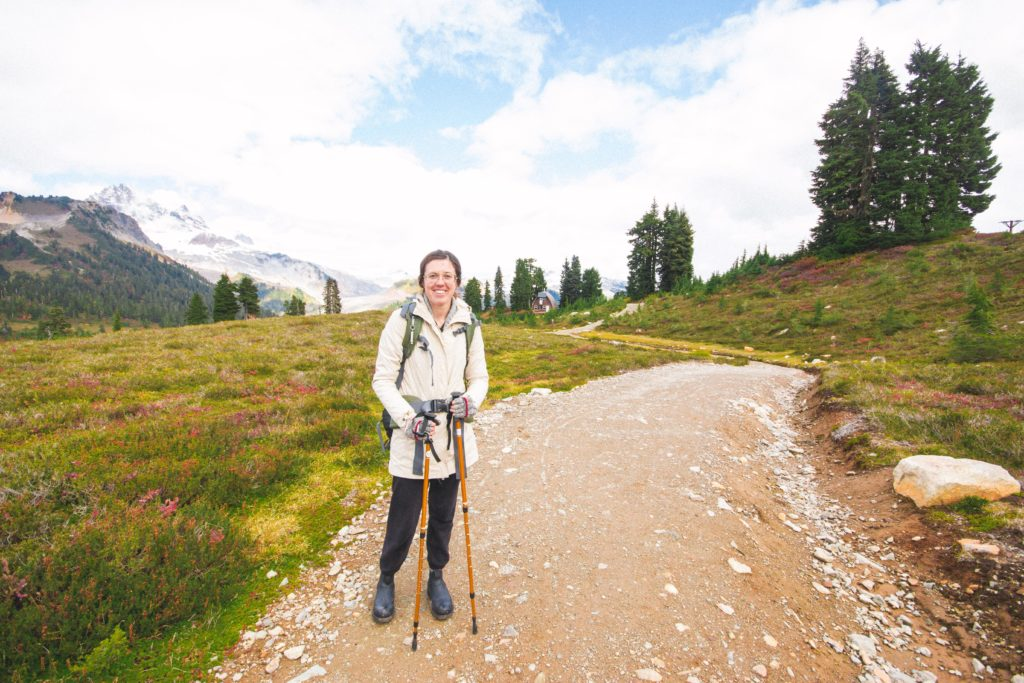 Elfin_Lakes_hiking-90