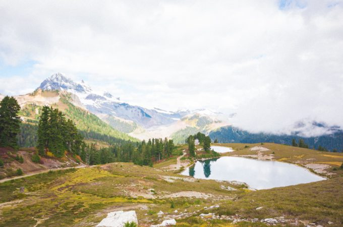 Elfin_Lakes_hiking-95