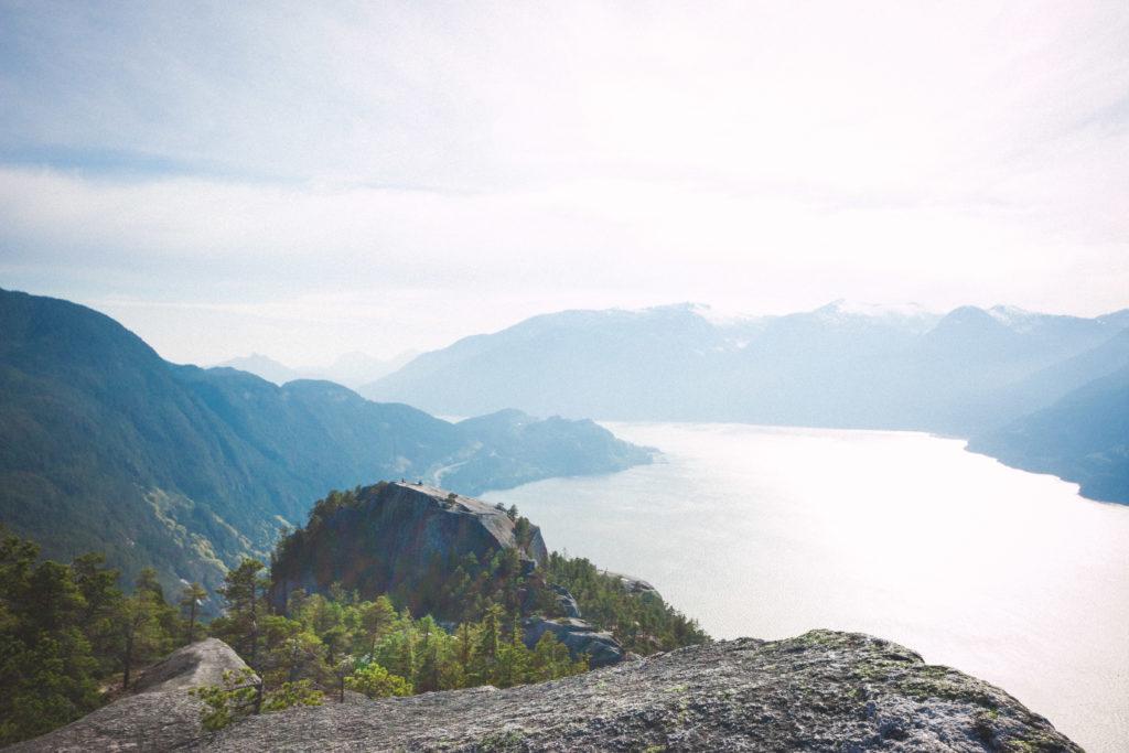 hiking-the-stawamus-chief